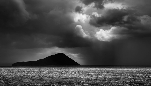 Island-in-a-storm[1]